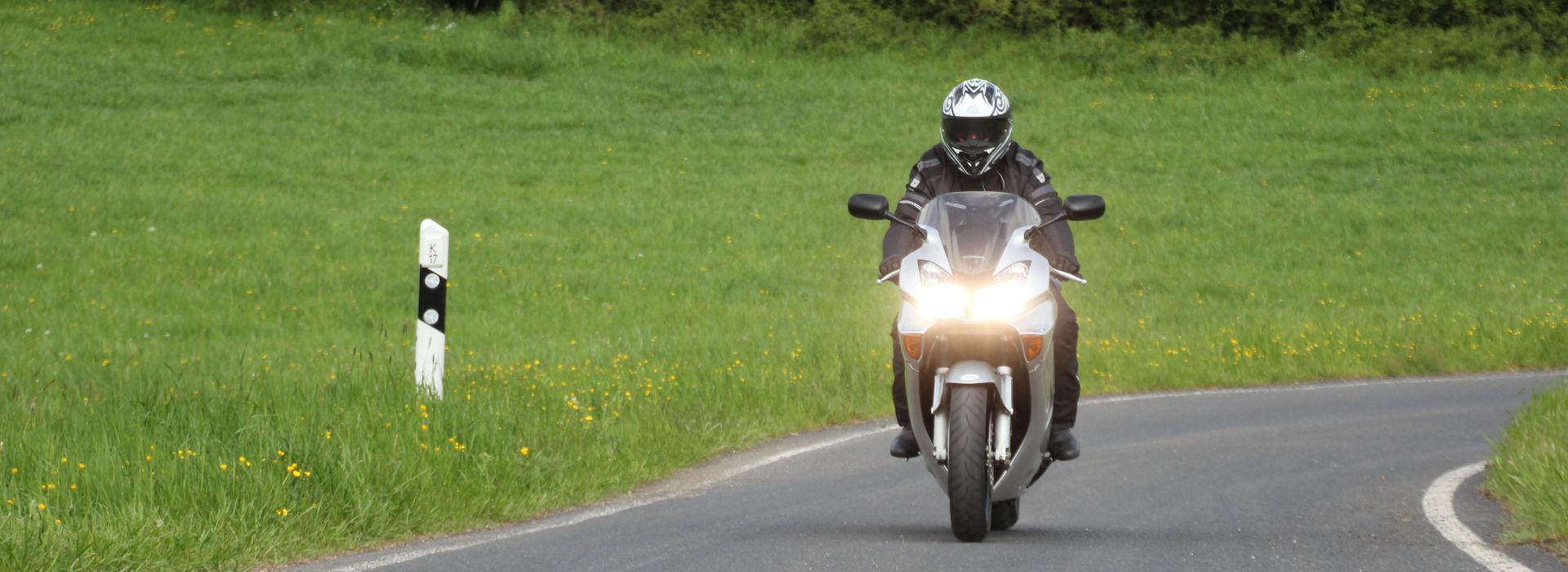 Motorrijbewijspoint Middelburg motorexamens AVB en AVD