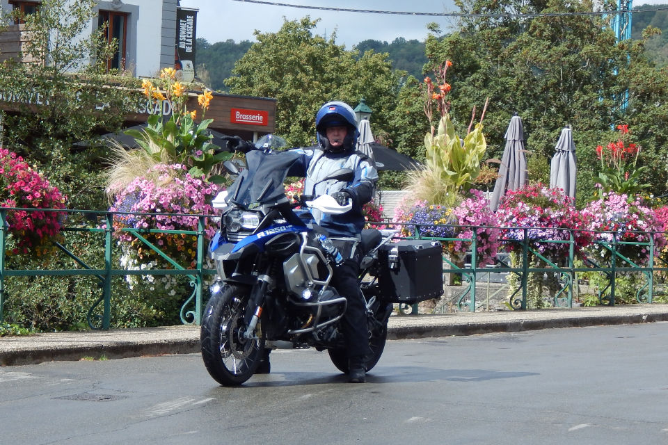 Motorrijbewijspoint Middelburg examengarantie AVB en AVD